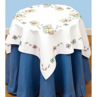 Jack Dempsey Stamped White Perle Edge Table Topper NOTM274553