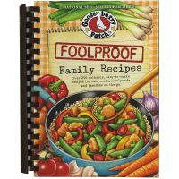 Foolproof Family Favorites Cookbook NOTM097261