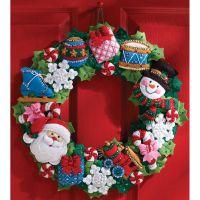 Christmas Toys Wreath Felt Applique Kit NOTM051493