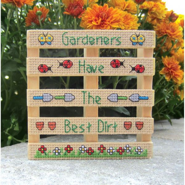 Wood Pallet Gardeners Counted Cross Stitch Kit