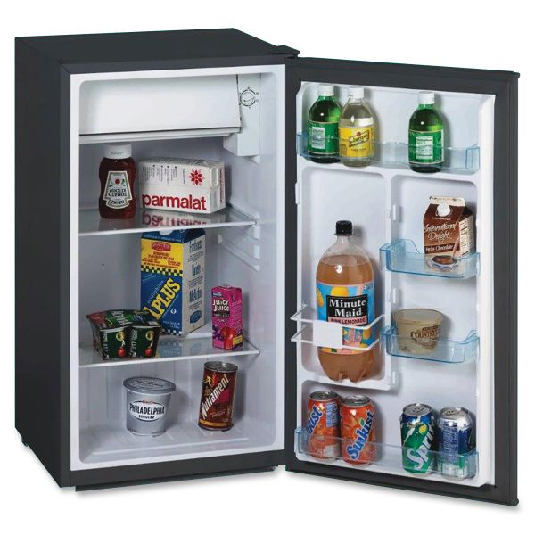 Avanti Refrigerator with Chiller Compartment