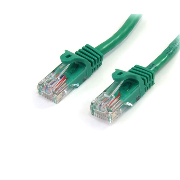 StarTech.com 5 ft Cat5e Green Snagless RJ45 UTP Cat 5e Patch Cable - 5ft Patch Cord