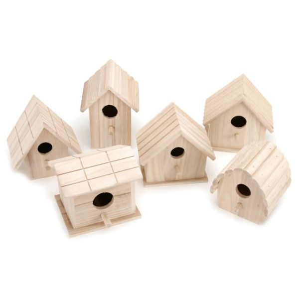 Darice Wooden Birdhouse