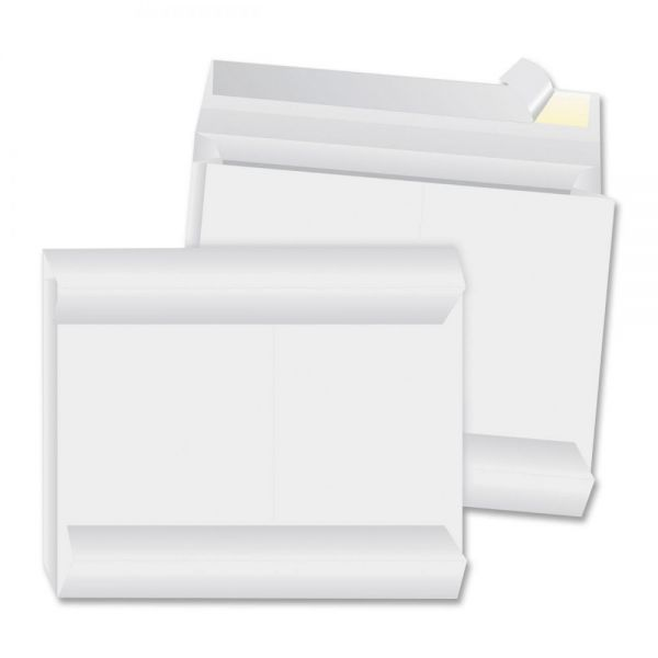 "Business Source 10"" x 13"" Tyvek Envelopes"