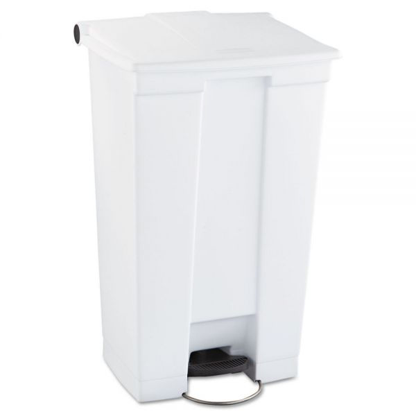 Rubbermaid Step-On 23 Gallon Trash Can With Lid