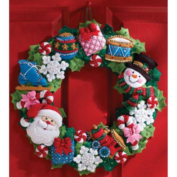 Christmas Toys Wreath Felt Applique Kit