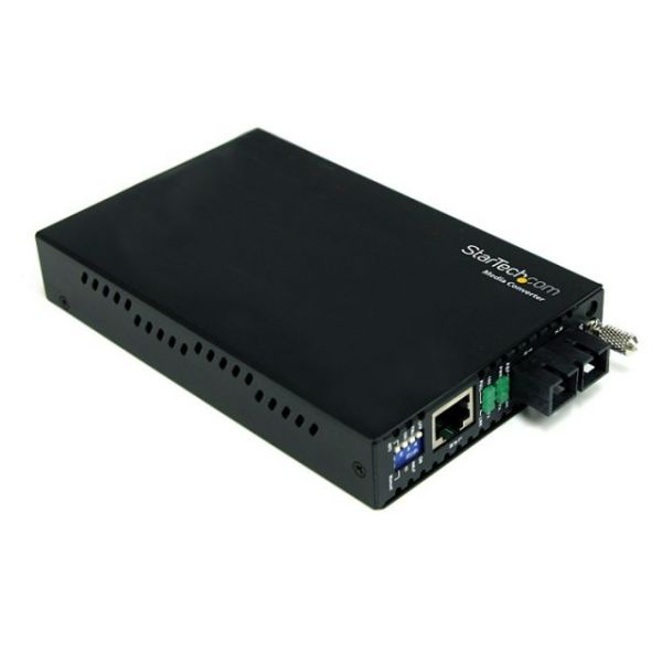 StarTech.com Gigabit Ethernet Single Mode Fiber Media Converter SC 40 km - 1000 Mbps