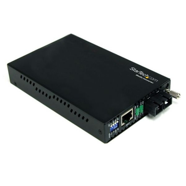StarTech.com 10/100 Mbps Single Mode Fiber Media Converter SC 30 km