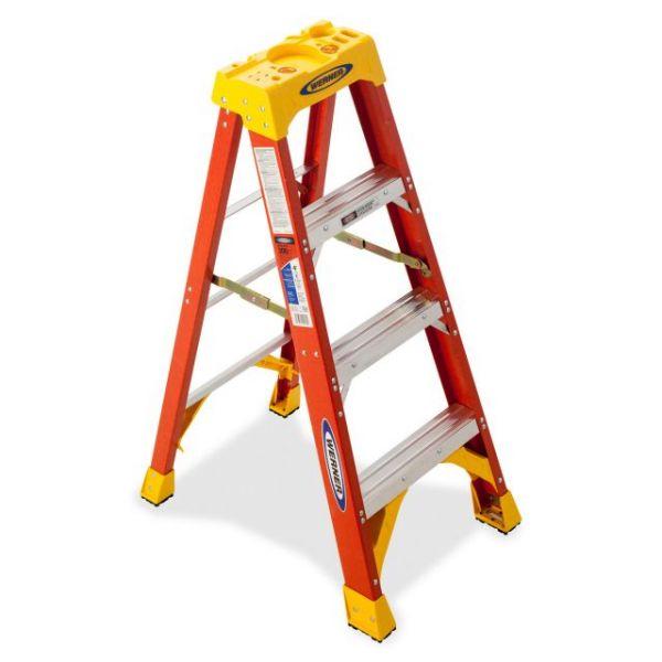 Werner 3-Step Fiberglass Step Ladder