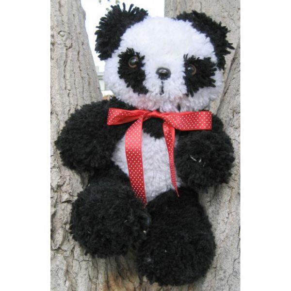 "Huggables Stuffed Toy Latch Hook Kit 16"""