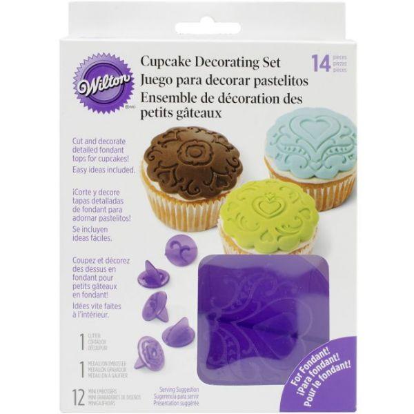 Cupcake Decorating Set