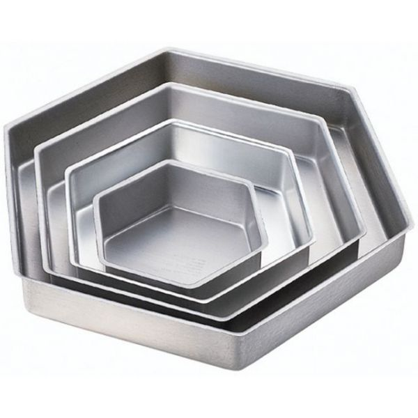 Wilton 4-Tier Hexagon Pan Set