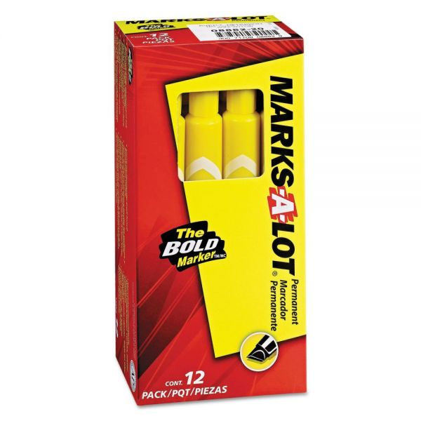 Avery MARK A LOT Large Desk-Style Permanent Marker, Chisel Tip, Yellow, Dozen
