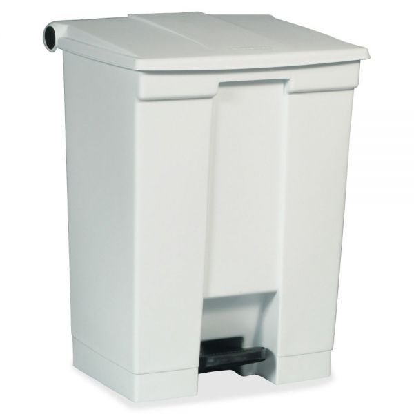 Rubbermaid Step-On 18 Gallon Trash Can