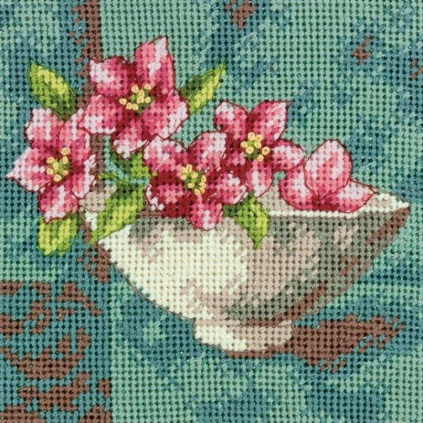 Dogwood Blossom Mini Needlepoint Kit